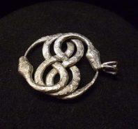 ezüst kígyó medál