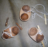 Népi gyerek hangszerek