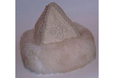Birkaprémes nemezsüveg