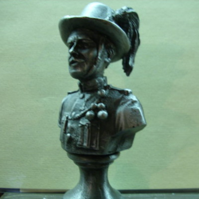 Csendőr szobor