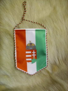 Koronás címeres autós zászló