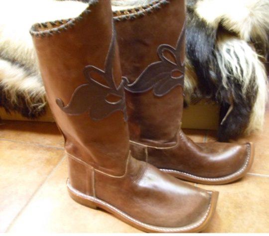Honfoglaláskori csizma, cipő, papucs | Szkíta webáruház