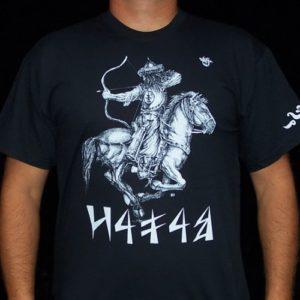 fekete póló magyar lovasíjász grafikával