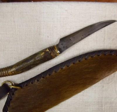 agancsnyelű kés lóbőr tokkal 2