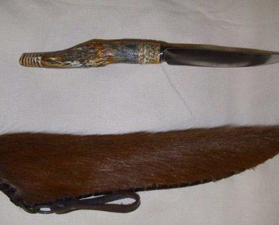 agancsnyelű kés lóbőr tokkal