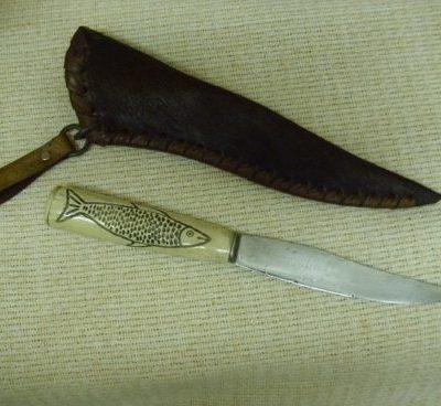 csontnyelű kés lóbőr tokkal