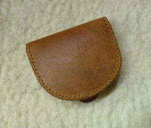 barna patkó pénztárca