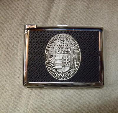 cigarettatárca címerrel