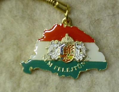 Nagy Magyarország angyalos címerrel kulcstartó