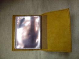 sárga bőr kártyatartó