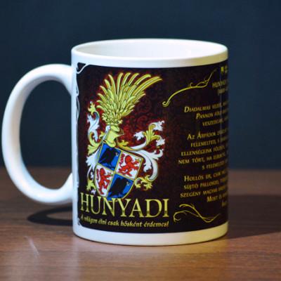 Hunyadi címeres bögre