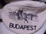 övtáska Budapest felirattal
