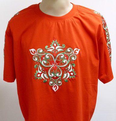 piros hímzett póló