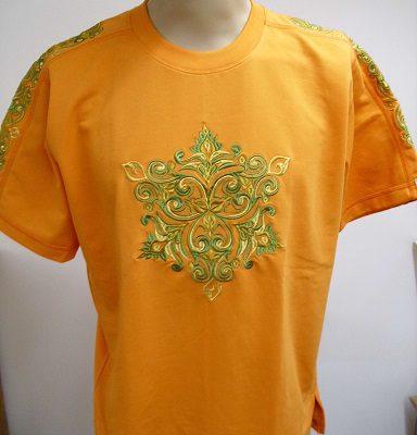 narancssárga hímzett póló