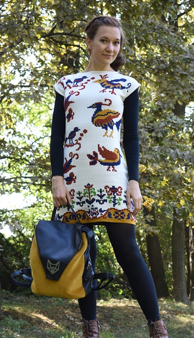 madaras kötött ruha