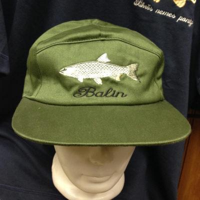 horgászsapka hímzett mintával balin